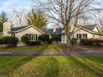 Hendersonville Single Family Home For Sale: 513 Higate Road