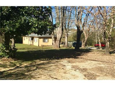 Hendersonville Single Family Home For Sale: 303 And 461 Sugarloaf Road