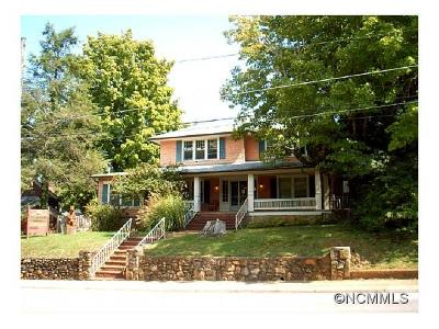Waynesville Single Family Home For Sale: 66 Walnut Street