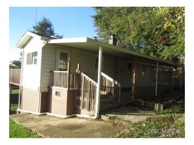 Single Family Home Closed: 141 Maple Ridge Rd