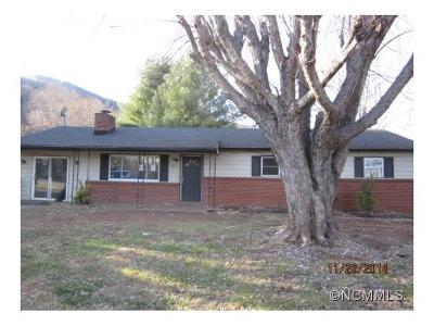 Single Family Home Closed: 217 Cedar Hill Rd