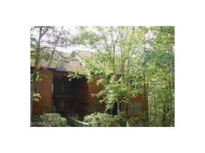 Lake Toxaway Condo/Townhouse For Sale: 73 Toxaway Views Drive #304