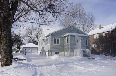 Dickinson Single Family Home For Sale: 315 3rd E