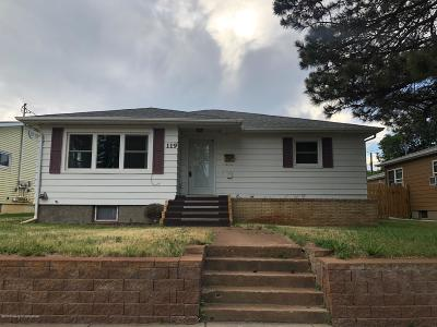 Dickinson Single Family Home For Sale: 119 8th W