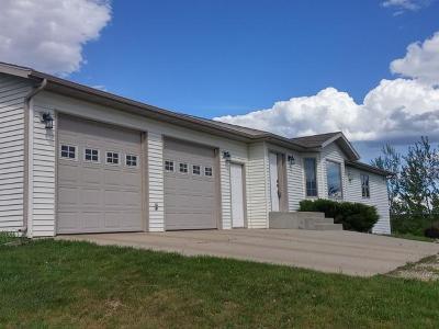 Bismarck Single Family Home For Sale: 20759 26th St NE