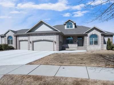 Bismarck Single Family Home For Sale: 910 Corvette Circle