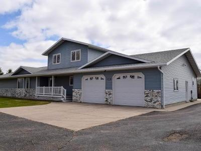 Bismarck Single Family Home For Sale: 8301 Apple Creek Rd