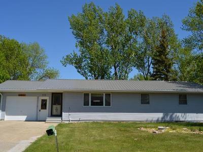 Garrison Single Family Home For Sale: 616 2nd St NE