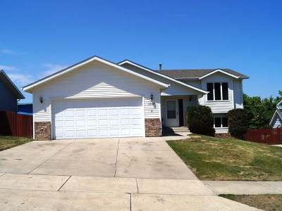 Mandan Single Family Home For Sale: 1709 9 Ave SE