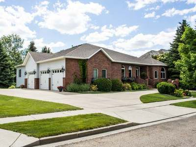 Bismarck Single Family Home For Sale: 1835 Contessa Dr