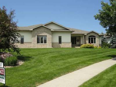 Bismarck Single Family Home For Sale: 730 Aspen Pl