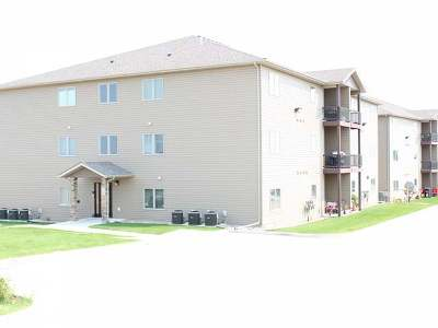 Bismarck Condo/Townhouse For Sale: 1405 Sharloh Lp #12