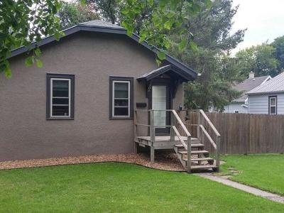 Mandan Single Family Home For Sale: 504 7th Ave NW