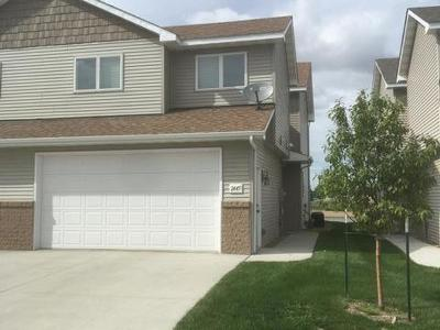 Mandan Condo/Townhouse For Sale: 2445 Water Park Lp SE