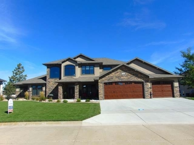 Bismarck Single Family Home For Sale: 1520 Clipper Pl