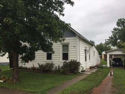 New Salem Single Family Home For Sale: 113 4 St NE