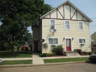 Hebron ND Multi Family Home For Sale: $160,000