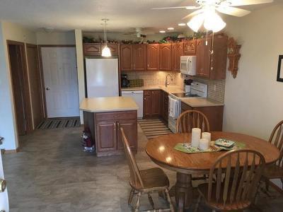Bismarck Condo/Townhouse For Sale: 644 Bridgeport Dr #1