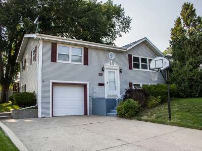 Bismarck Single Family Home For Sale: 1816 Bell St N