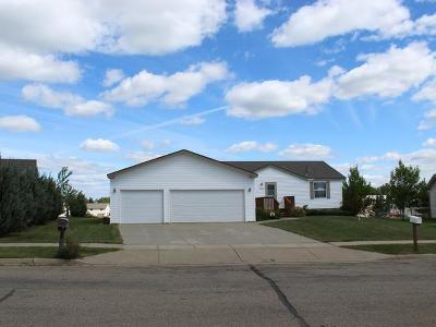 Mandan Single Family Home For Sale: 4408 34th Ave NW