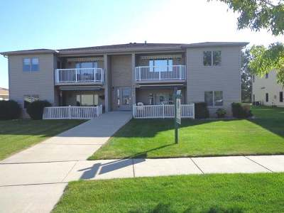 Mandan Condo/Townhouse For Sale: 2900 Bay Shore Bend SE #4
