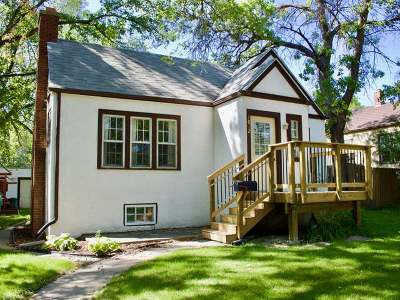 Bismarck Single Family Home For Sale: 1012 8th St N