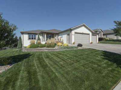 Bismarck Single Family Home For Sale: 920 Longhorn Dr