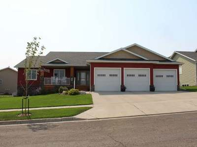 Bismarck Single Family Home For Sale: 1200 Horseman Lp