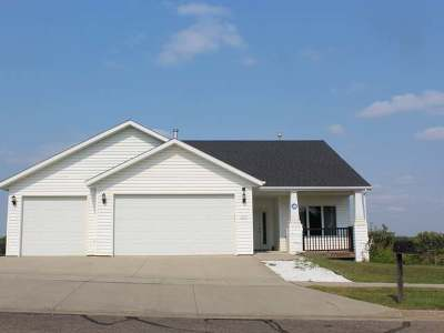 Mandan Single Family Home For Sale: 904 10th St SE