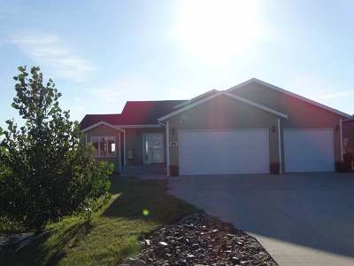 Bismarck Single Family Home For Sale: 6813 Woodrow Ct