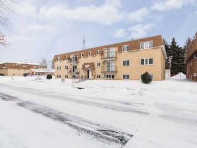 Bismarck Condo/Townhouse For Sale: 2027 Kavaney Dr N #5