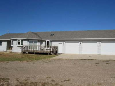 Bismarck Single Family Home For Sale: 2801 93rd St SE