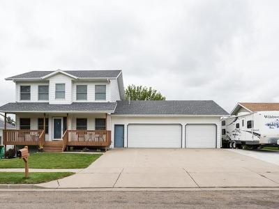 Bismarck Single Family Home For Sale: 706 Mustang Dr