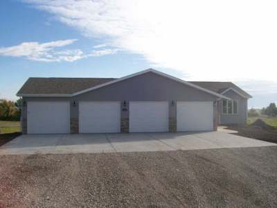 Bismarck Single Family Home For Sale: 7529 Country Hills Dr