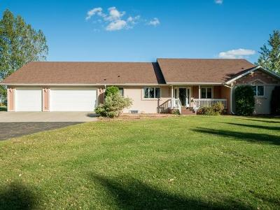 Bismarck Single Family Home For Sale: 5501 Apple Creek Dr