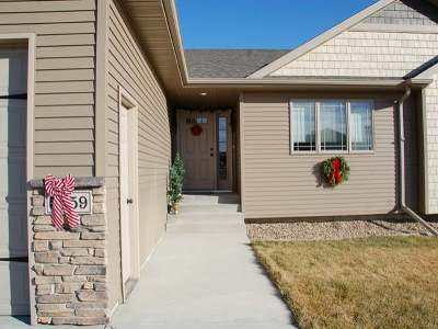 Bismarck Single Family Home For Sale: 5359 Mica Dr