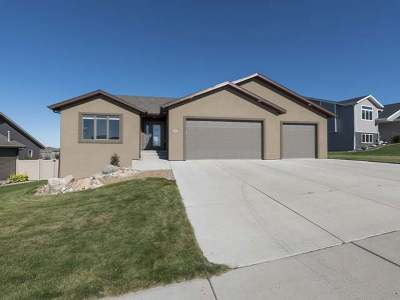 Bismarck Single Family Home For Sale: 4307 Opal Dr.