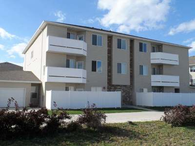 Bismarck Condo/Townhouse For Sale: 4912 Ottawa St #10
