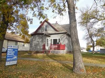 Turtle Lake Single Family Home For Sale: 523 Eggert St