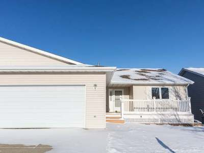 Mandan Condo/Townhouse For Sale: 400 15th St NE