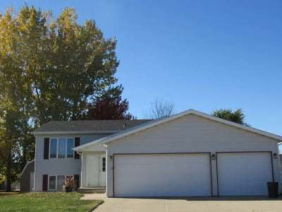 Bismarck Single Family Home For Sale: 2626 Yorktown Dr
