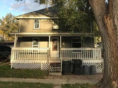 Mandan Single Family Home For Sale: 402 4th Ave NE