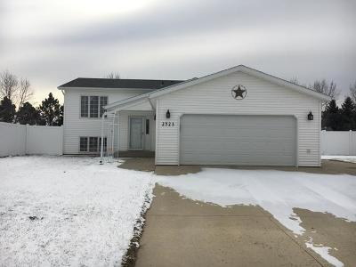 Bismarck Single Family Home For Sale: 2923 Meade Ci