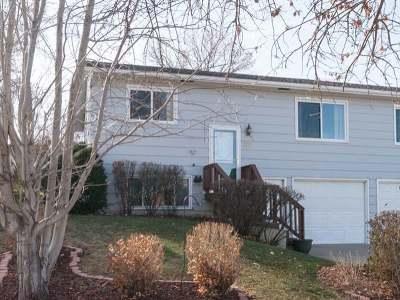 Mandan Condo/Townhouse For Sale: 207 14th St NE