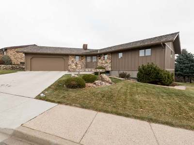Mandan Single Family Home For Sale: 500 9 Ave NW