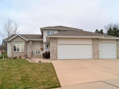 Bismarck Single Family Home For Sale: 2526 Sharps Pl