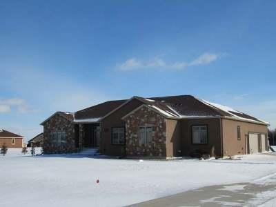 Bismarck Single Family Home For Sale: 1423 Pin Oak Lp