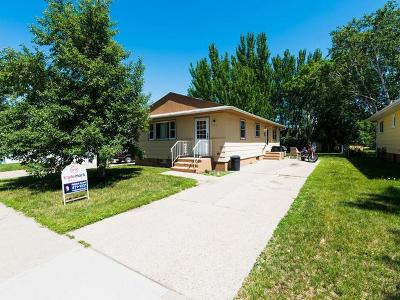 Bismarck Single Family Home For Sale: 707 17th St S