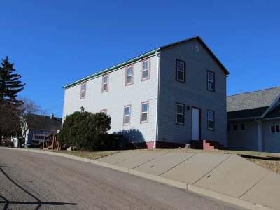 Mandan Single Family Home For Sale: 101 10th Ave