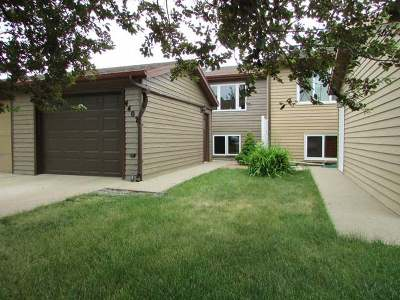 Mandan Condo/Townhouse For Sale: 4407 Crown Point Rd